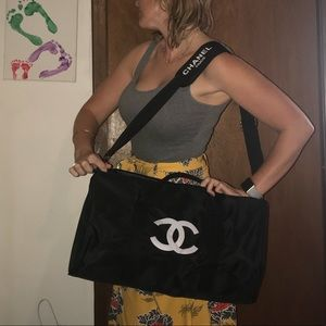 CHANEL VIP Black Duffle Gym Travel Tote Bag NEW